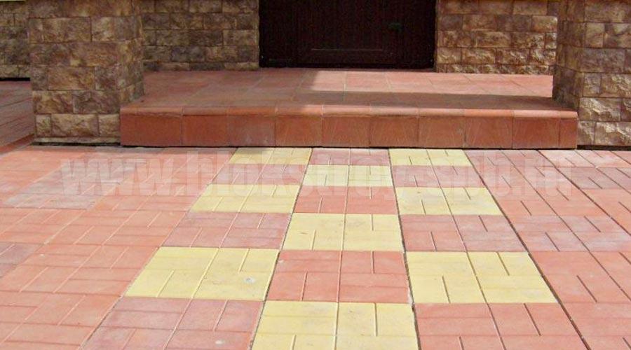 площадка мощеная плиткой 8-кирпичей