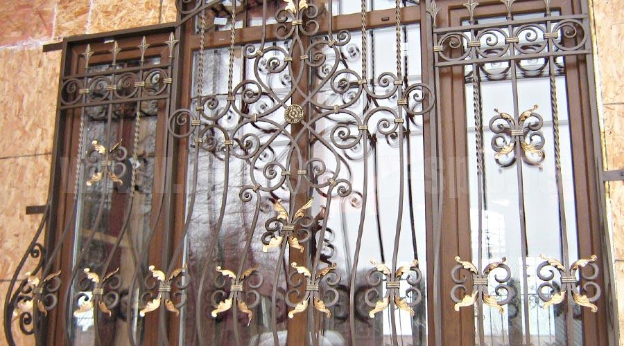 кованые декоративные решетки на окна