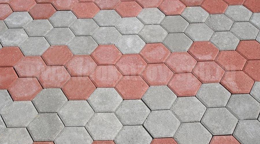 площадка мощеная плиткой соты